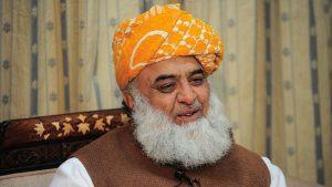 Photo of فضل الرحمن صاحب کس کی زبان بول رہے ہیں؟