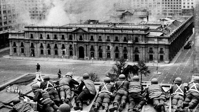 فوجیوں نے چلی میں فوجی بغاوت پر اکسایا