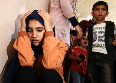 جنگ کے ساتھ بڑھتے ہوئے: غزہ کی پٹی کے جنازے میں بچے