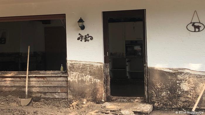 مٹی میں پکا ہوا مکان