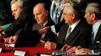 یو ایس اے ڈیٹن 1995 سلوبوڈان میلوسیوک اور علیجا ازیٹ بیگووچ اور فرانجو ٹڈجمن